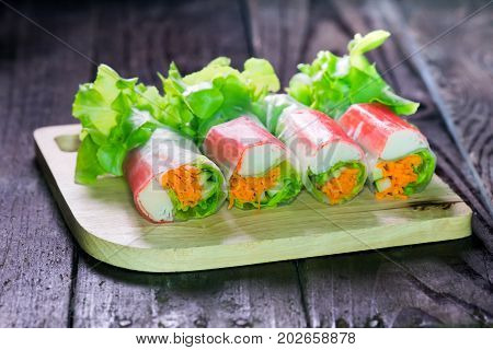 Salad roll with seafood and diet food