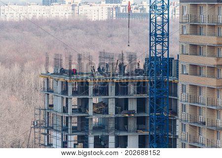 construction of a multi-storey sand concrete house