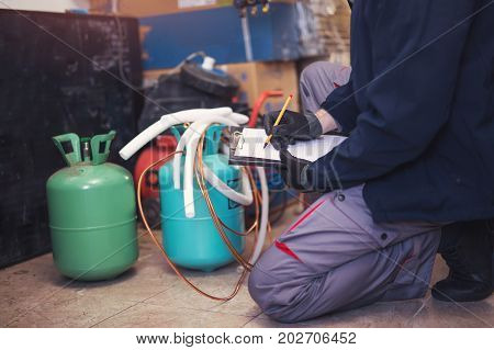 Air conditioning master entering malfunction in a workshop