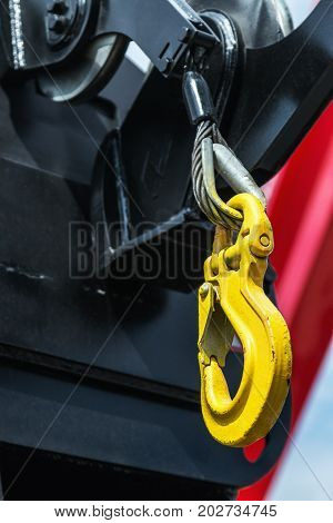 the crane hook hanging for construction machine