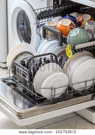 Clean the dishes after washing in the dishwasher.