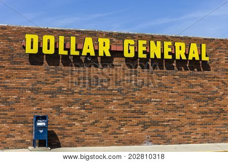 Indianapolis - Circa September 2017: Dollar General Retail Location. Dollar General is a Small-Box Discount Retailer VIII