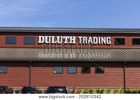 Indianapolis - Circa September 2017: Duluth Trading Retail store. Duluth Trading specializes in heavy duty work clothes I