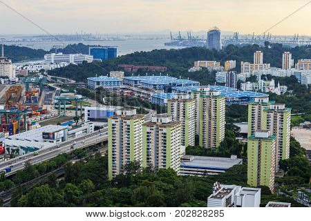SINGAPORE - AUG 20 2017: cityscape view from the Pinnacle Duxtion Singapore
