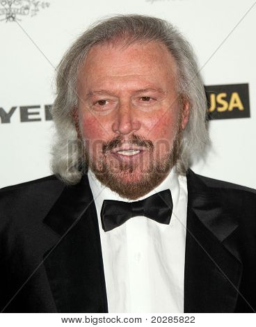 HOLLYWOOD - JAN. 22: Barry Gibb arrives at the 2011 G'Day USA Los Angeles Gala on January 22, 2011 in Hollywood, CA