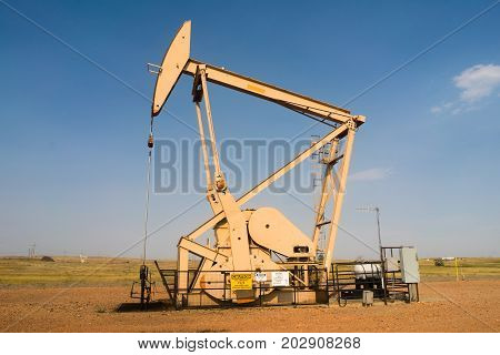 Oil Derrick Pump Jack Fracking Energy Production