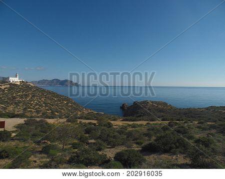 faro de mazarrón con la costa y el mar