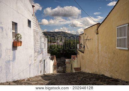 steep cobble stone street in Honda Colombia