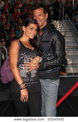LOS ANGELES - MAY 07:  Lorenzo Lamas & Wife arrives to the