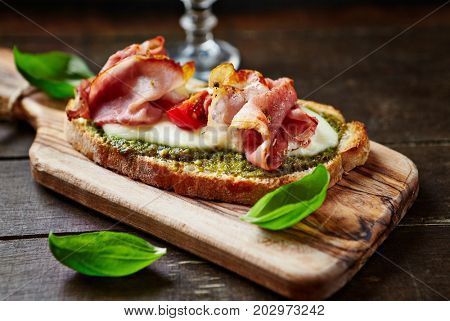 Crostini with cured ham and mozzarella
