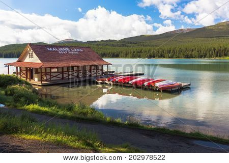 August 2015: maligne lake rocky mountain canada there are many activities in this famous lake. you can rent a canoe or board on small motorboats that allow you to admire beautiful landscapes including spirti island