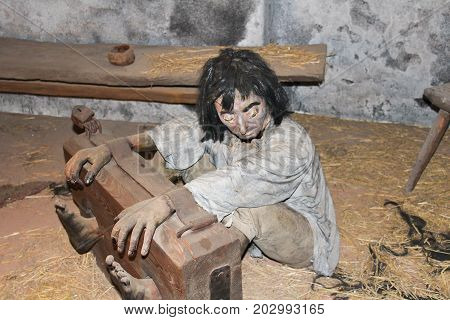 Tied Up Dummy In Room, Old Torture Practice