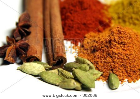V. Close Spices