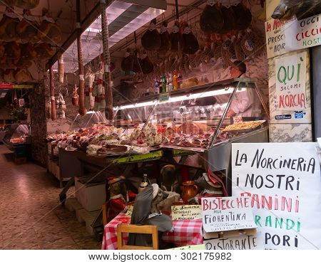 Florence, Tuscany/italy- April 6, 2018: Interior Of La Norcineria Shop Near Plaza Del Mercato Centra