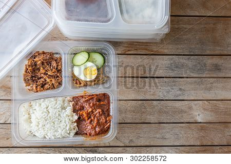 Conveniently Packed Delicious Nasi Lemak Meal For Take Away Delivery