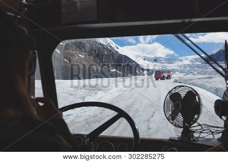 Cruising Up The Columbia Icefield Athabasca Glacier In The Canadian Rockies