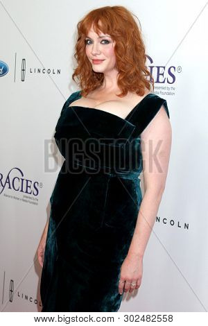 LOS ANGELES - MAY 21:  Christina Hendricks at the Gracies Awards 2019 at the Beverly Wilshire Hotel on May 21, 2019 in Beverly Hills, CA