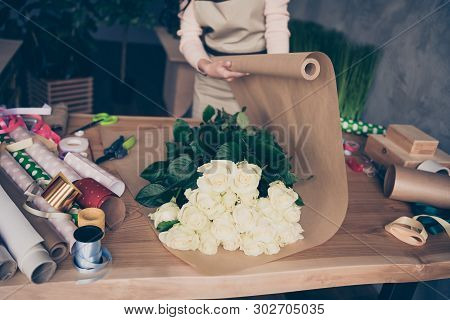 Cropped Nice Lady Assistant Seller Vendor Composing Wedding Birthday Event Festal Celebratory Annive