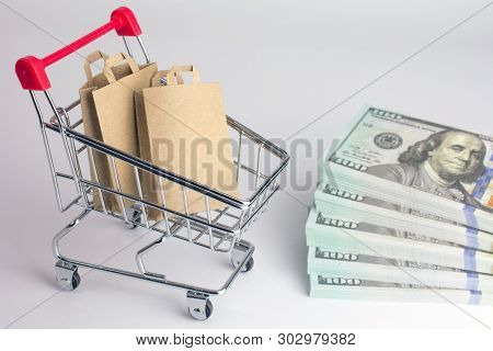 Cheap Online Shopping. Websites To Shop If You Want To Save Money. Shopping Bags In Grocery Shopping
