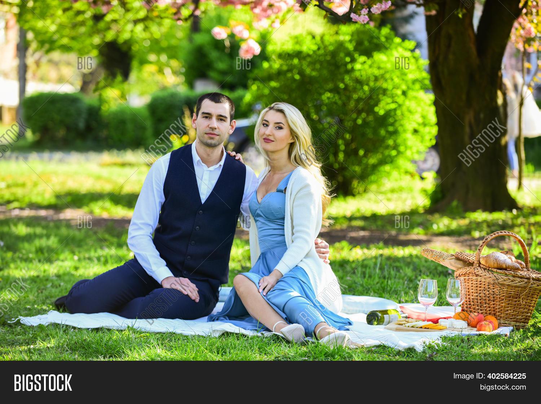 Login big beautiful dating WooPlus Review