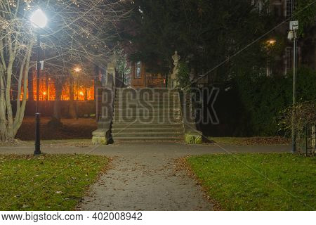 Nmanor Park In Iłowa.iłowa, A Small Town In Western Poland. There Is A Historic Manor Park In The Ci