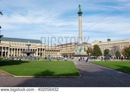 Stuttgart,germany - November 17, 2020: The New Palace ( Neues Schloss ) Which Stands On Schlossplatz