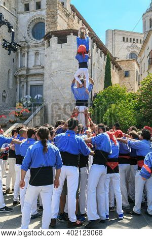Girona, Spain - May 14, 2017: The Team Creates A Tradition Tower Of People, Called Castel, During Th