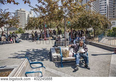 San Francisco, Usa - July 24, 2008:  Chinese Men Rest At Midday At A Park In Chinatown, San Francisc