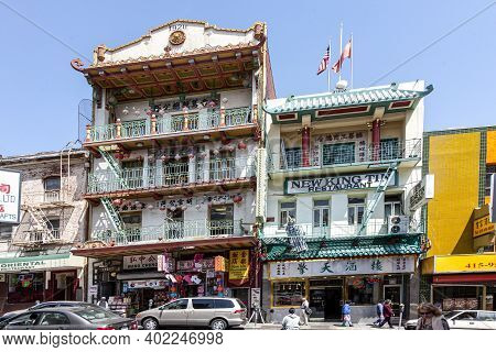 San Francisco, Usa - July 24, 2008:  Facade Of Chinese Restaurants In Chinatown  In San Francisco, U
