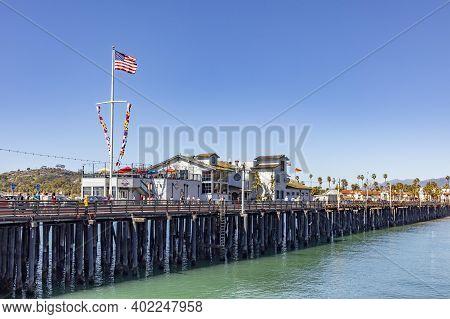 Santa Barbara, Usa - Mar 16, 2019: Historic  House At Santa  Barbara Pier Under Blue Sky.