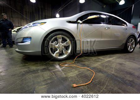 Alt Car Expo Volt