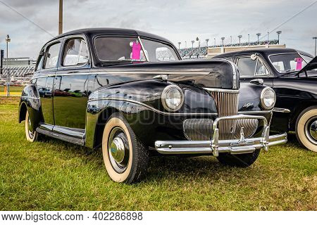 Daytona Beach, Fl - November 29, 2020: 1941 Ford Super Deluxe At A Local Car Show.