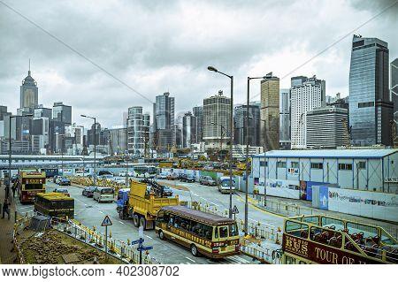 Kowloon, Hongkong - January 6, 2020: View To Skyline Of Hongkong At A Dusty Rainy Day With Construct