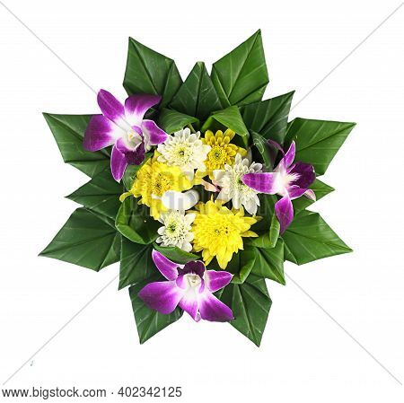 Loy Kratong Festival - Thai Traditional Culture- Kratong From Banana Leaves