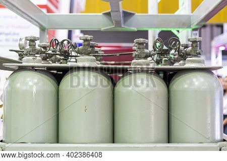 Seamless Bottle Group For Storage Oxygen Argon Nitrogen Gas And Other For Industrial Such As Welding