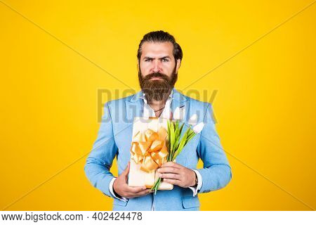 Be My Valentine. Holiday Present Concept. Brutal Handsome Man With Gift Box. Valentines Or Womens Da