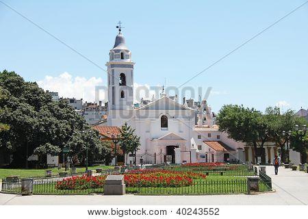 Unsere Dame der Pilar Kloster und Kirche