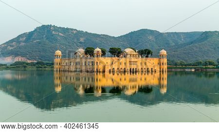 Jaipur, Rajasthan, India - 19 Oct, 2019 - Jal Mahal, The Water Palace, Is Located In The Pink City O