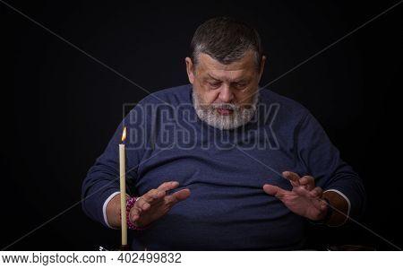 Nice Low Key Portrait Of Senior Man - Soothsayer  Doing Cartomancy