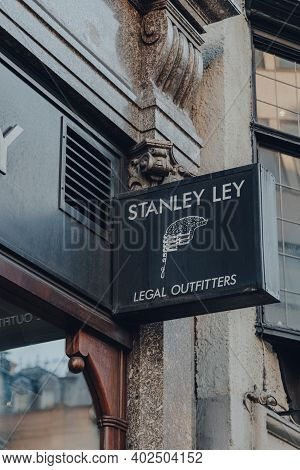 London, Uk - November 19, 2020: Sign Outside Stanley Lee, A Shop In St. Pauls Specialising In Legal