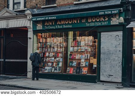 London, Uk - November 19, 2020: Shop Front Of Closed Any Amount Of Books Bookshop In Covent Garden,