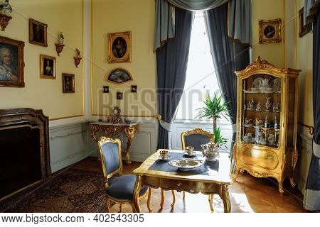 Horovice Castle Interior, Baroque Chateau, Carved Wooden Gilded Furniture, Tea Room, Table And Armch