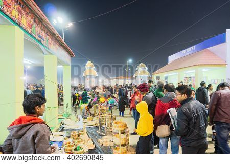 Kolkata, West Bengal, India - 31st December 2018 : Handicraft Products Being Sold At Hastashilpomela