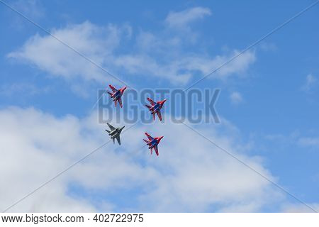 August 16, 2015: Flight Group Swifts Fly Mig-29 Aircraft. Cheboksary. Russia.