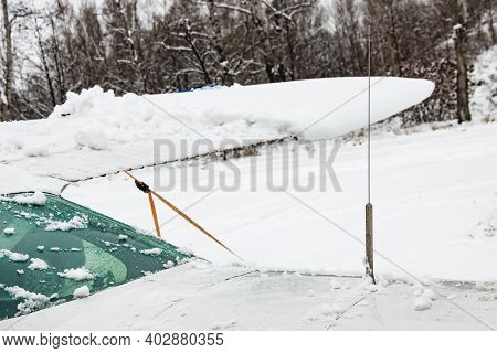 Ultrashort Wave Antennas For A Radio Station On A Small Private Plane Covered In Snow, Aerial Antenn
