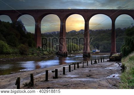 The Brick Build Railway Viaduct Over The River Esk In Whitby, North Yorkshire, Uk. Now Redundant. Sk