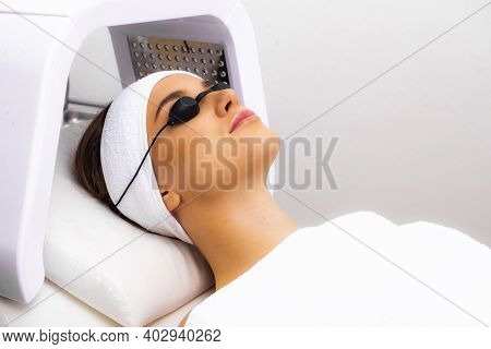 Led Lamp In Cosmetology, Light Therapy. Phototherapy Or Led Skin Photo Treatment.
