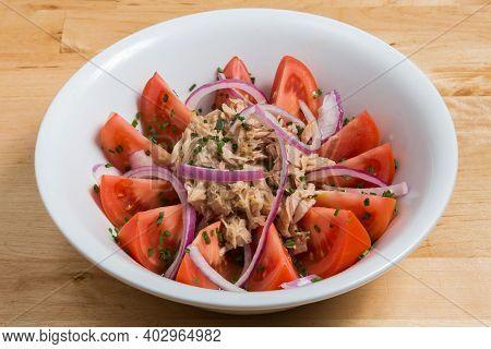 Healthy Green Salad With Tuna, Onion And Tomatoes. Spanish Salad