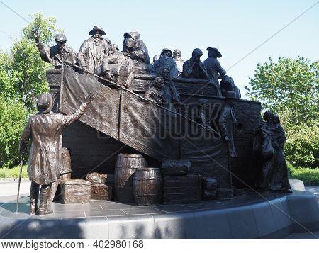 Philadelphia, Usa - June 11, 2019: Image Of The Irish Memorial Found In Philadelphia. The Sculpture