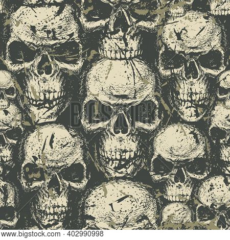 Seamless Pattern With Hand-drawn Human Skulls In Grunge Style. Abstract Vector Background With Omino